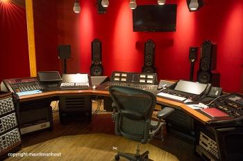 De ruimte waar het album werd gemasterd.