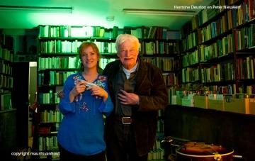 Peter Nieuwerf en Hermine Deurloo traden op in Aleph bookstore i