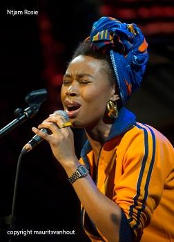 Ntjam Rosie tijdens Cutting Edge festival Den Haag dd 31-5-2014