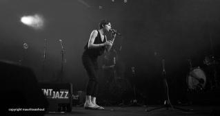 Melanie de Biasio live op Gent Jazz 2014
