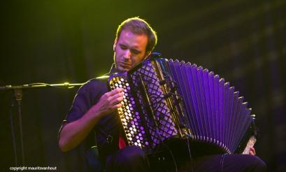 Oaktree live op Gent Jazz 2014. Op de foto: accordeonist Thibault Dille.