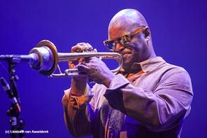 Michael Varekamp zette een prima set neer tijdens het Tribute to Miles davis