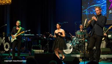 Rotterdam, 24 juni 2016 Uitreiking Edison Awards in Nieuwe Luxor Theater.Foto: ook Gare du Nord met zangeres Dorona Alberti (m) was genomineerd en trad op.