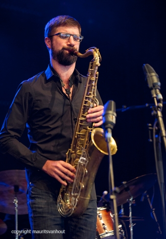 Antwerpen, 15 augustus 2016, Tijdens het jaarlijkse Jazz Middelheim Festival treedt Dré Pallemaerts op met een aantal muzikanten. Foto: Robin Verheyen.