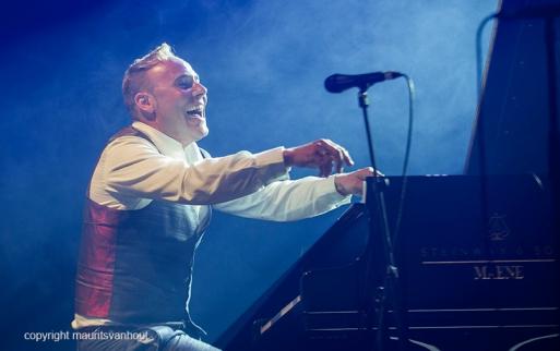 Antwerpen, 14 augustus 2016. Jef Neve en Typhoon tijdens Jazz Middelheim 2016.