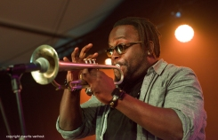 Makaya McCraven live at gent jazz 2017. foto; de trompettist van Makaya