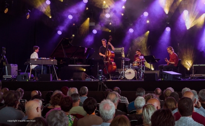 Mark Guiiani performs with KCA students at Jazz Middelheim