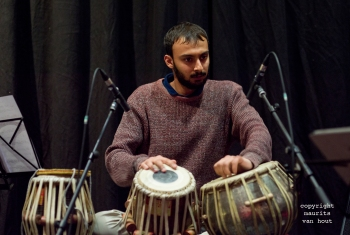 Thomas van Geelen en muzikanten tijdens Sound of Europe festival in Breda. foto: Tarang Poddar