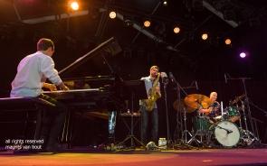 Antwerpen, 12 augustus 2018. Tijdens het jaarlijkse Jazz Middelheim treden Joey Baron, Bram de Looze en Robin Verheyen op.