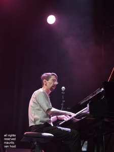 Fred Hersch trio by jazzphotographer Maurits van Hout