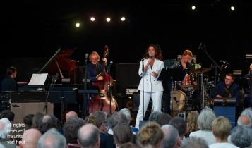 Antwerpen, 10 augustus 2018, Faye Claassen treedt samen met het Brussels Jazz Orchestra op tijdens Jazz Middelheim