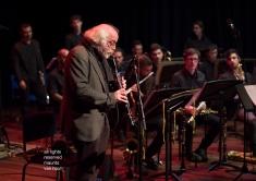 Den Haag, 30 november 2018. De big band van het Koninklijk Conservatorium treedt op onder leiding van dirigent Michael Abene en met gast John Ruocco