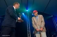 Laren Jazz 2015. Uitreiking award aan Cees Schrama voor zijn verdiensten.