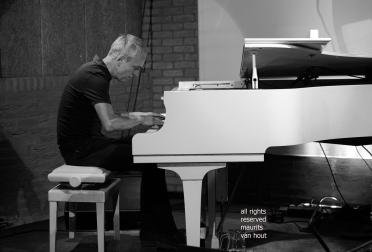 Den Haag, 20 september 2019. jeroen van vliet en mete erker treden op in het Pianino theater in Den Haag